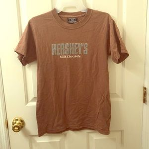 Hershey's T-shirt size Small